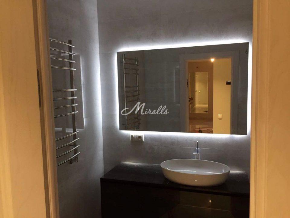 Зеркало Simple в частной квартире (ЖК Рублевский)