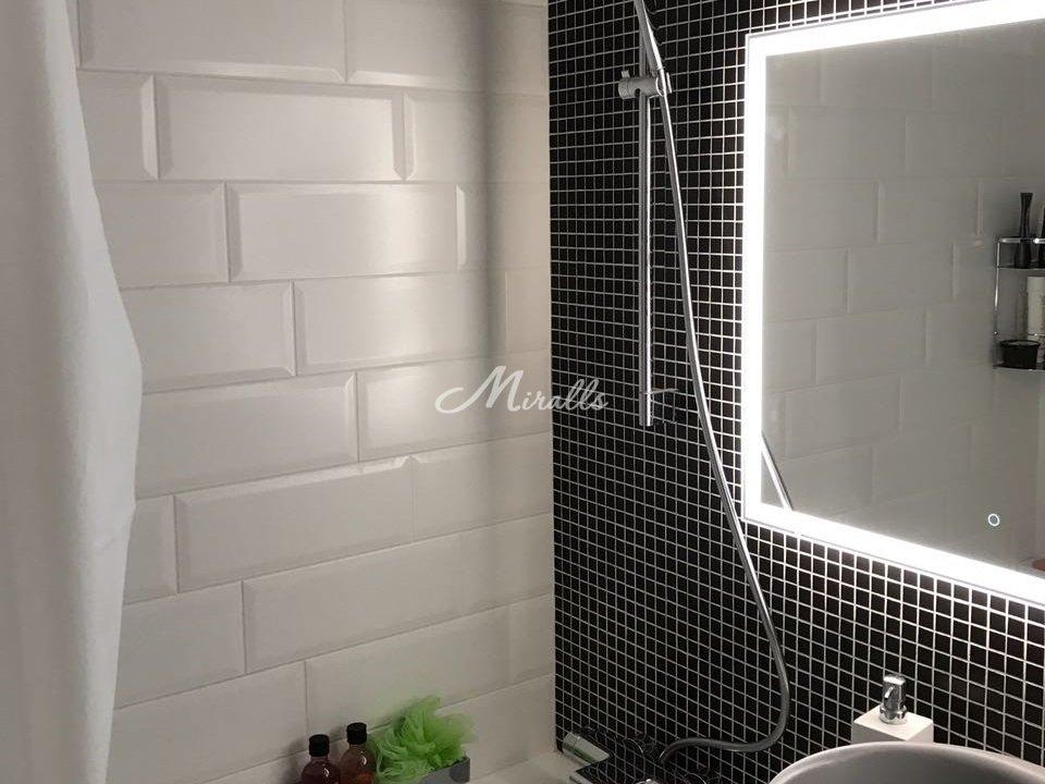 Зеркало в ванную с влагозащитой Murano Extra