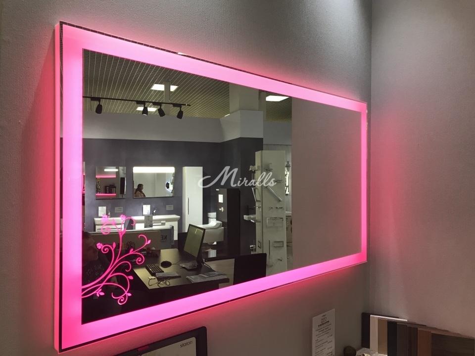 Зеркало Wood с RGB-подсветкой в ТЦ Твой Дом