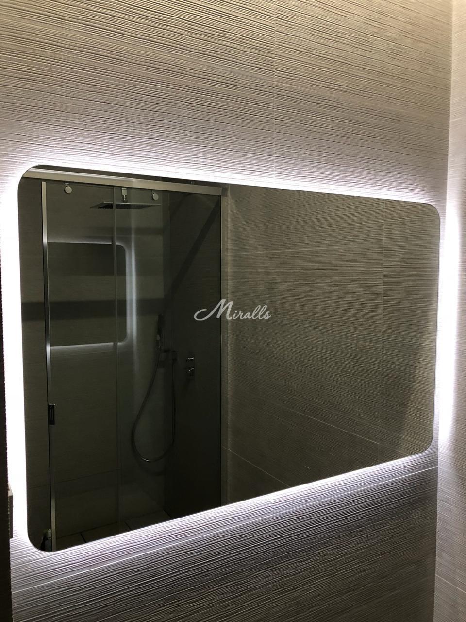 Зеркало Light в частной квартире (ЖК Скандинавия)