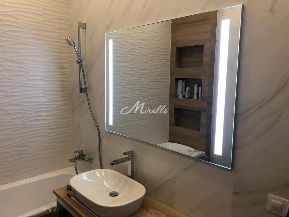 Зеркало Lora Extra в частной квартире в ЖК «Измайловский»