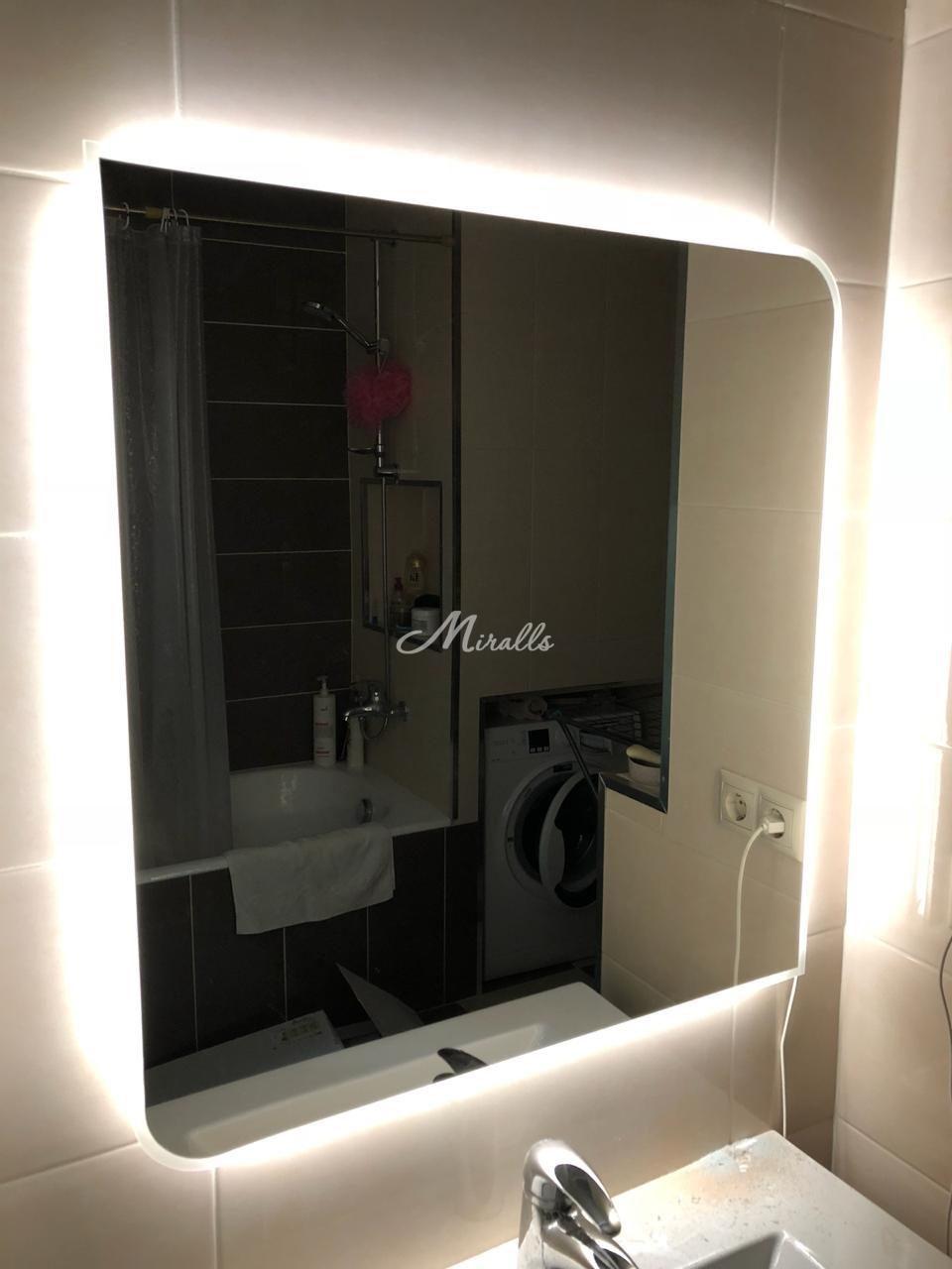 Зеркало Sabina в частной квартире в ЖК «Новый Арбат 27»