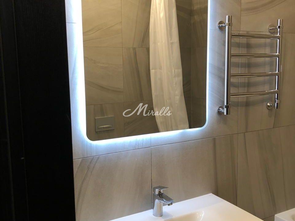 Зеркало XL в квартире в ЖК Green Park