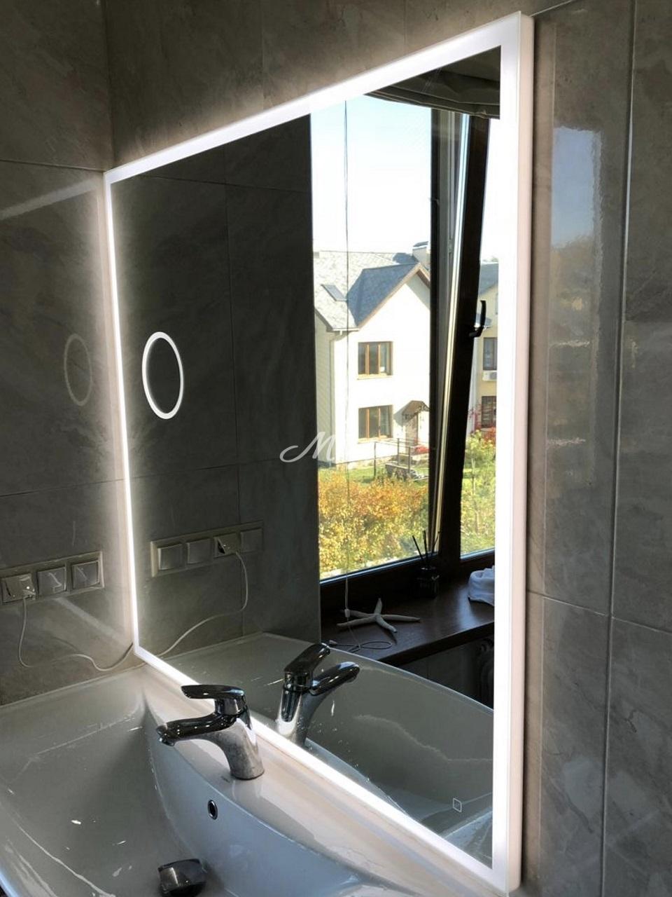 Зеркало Murano с увеличительным зеркалом в частной квартире (ЖК Новая звезда)