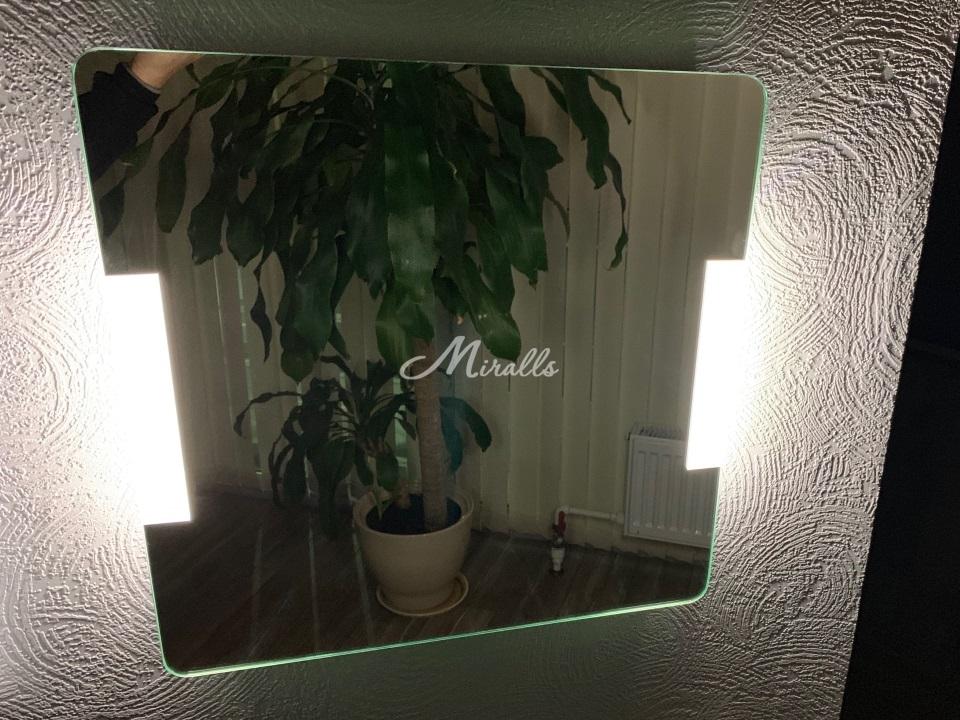 Зеркало Bravus с подсветкой 6000К (холодный свет)