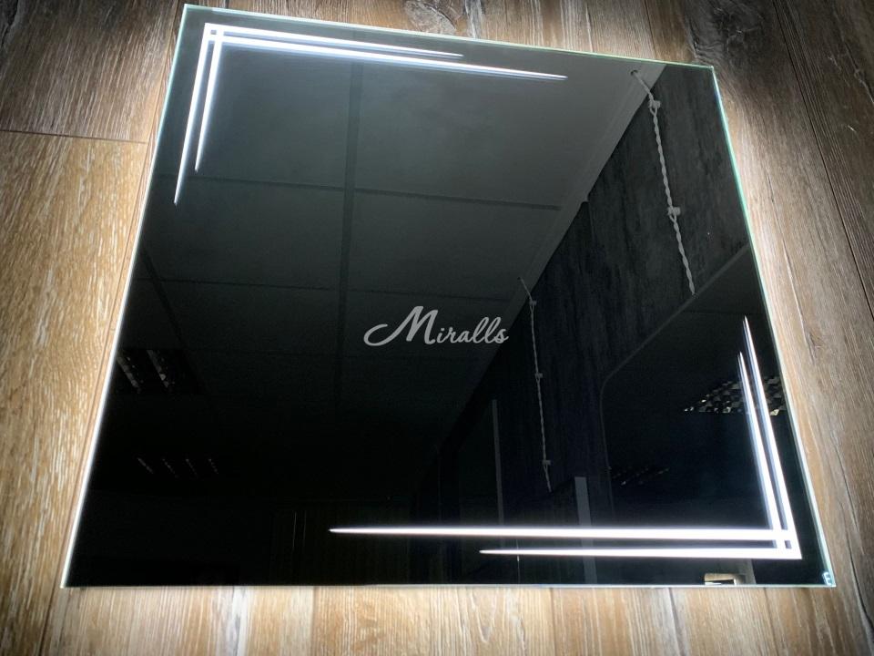Зеркало Crocus с холодной подсветкой