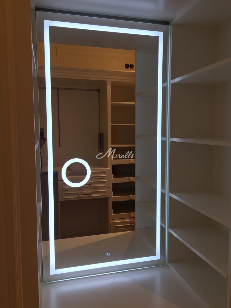 Зеркало Edging с увеличительным зеркалом и выключателем тач-кольцо (ЖК Флотилия)
