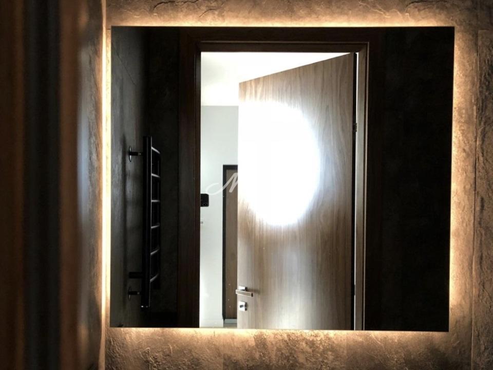 "Зеркало Basic с ""теплой"" подсветкой"