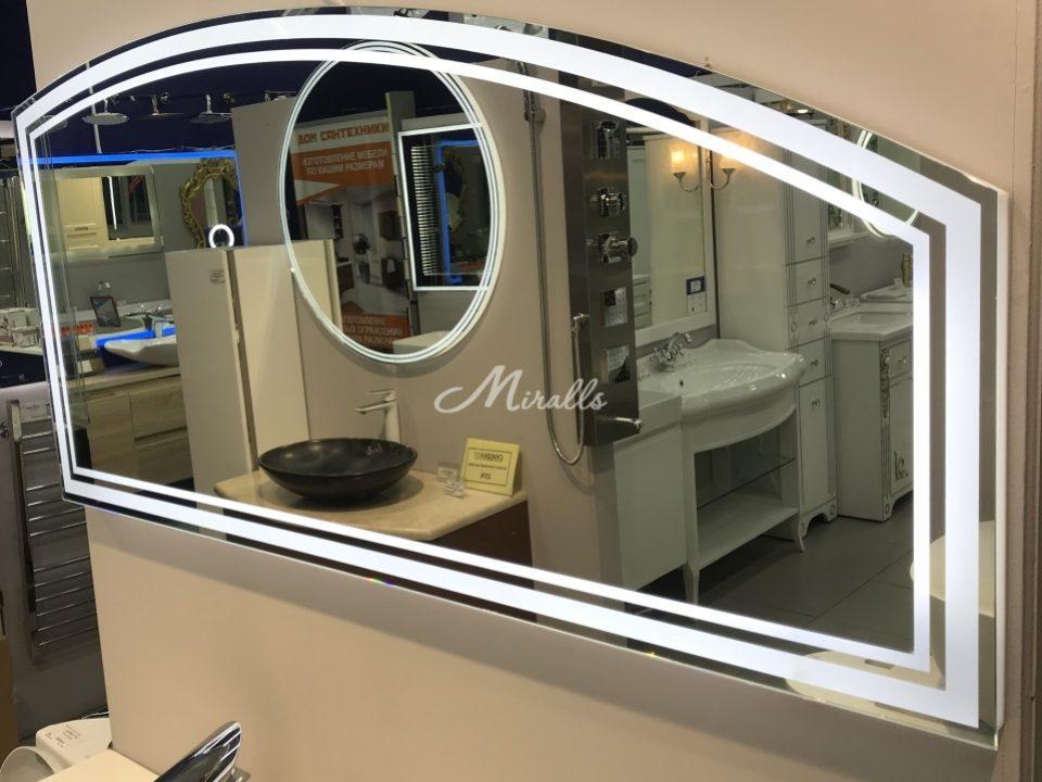 Зеркало Opus в салоне-магазине наших партнеров