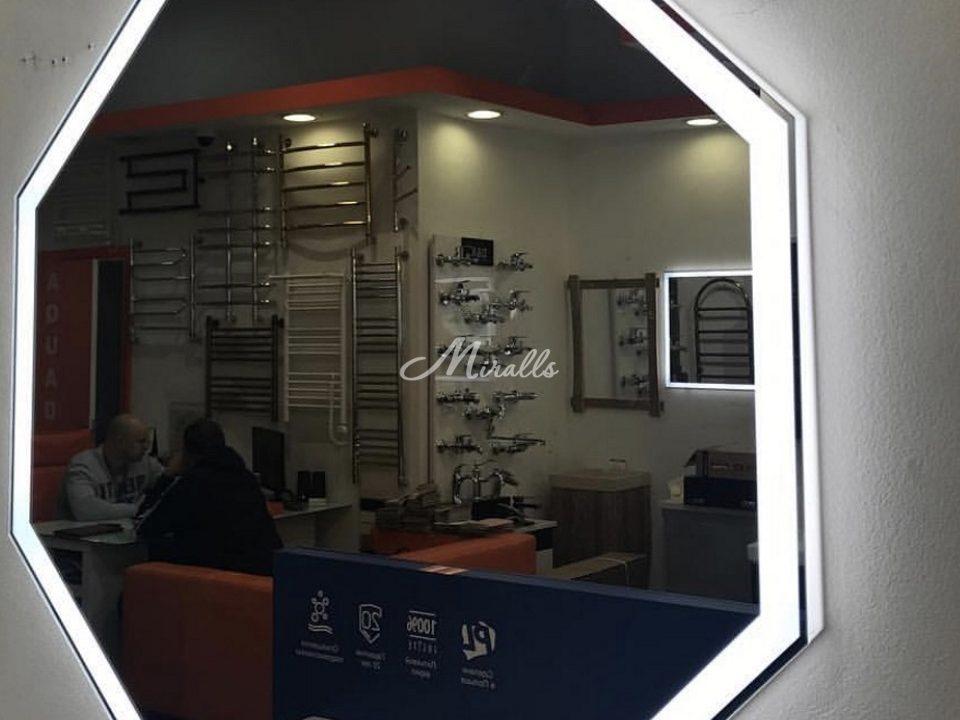 Зеркало Prisma в салоне-магазине наших партнеров