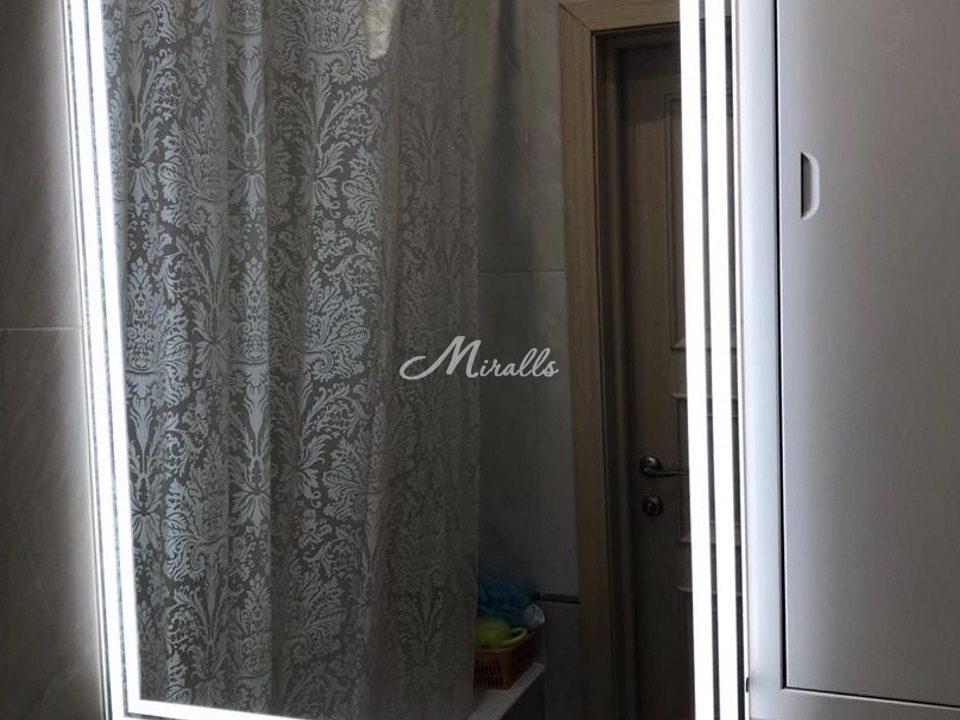Зеркало Versal со стеклянной полкой