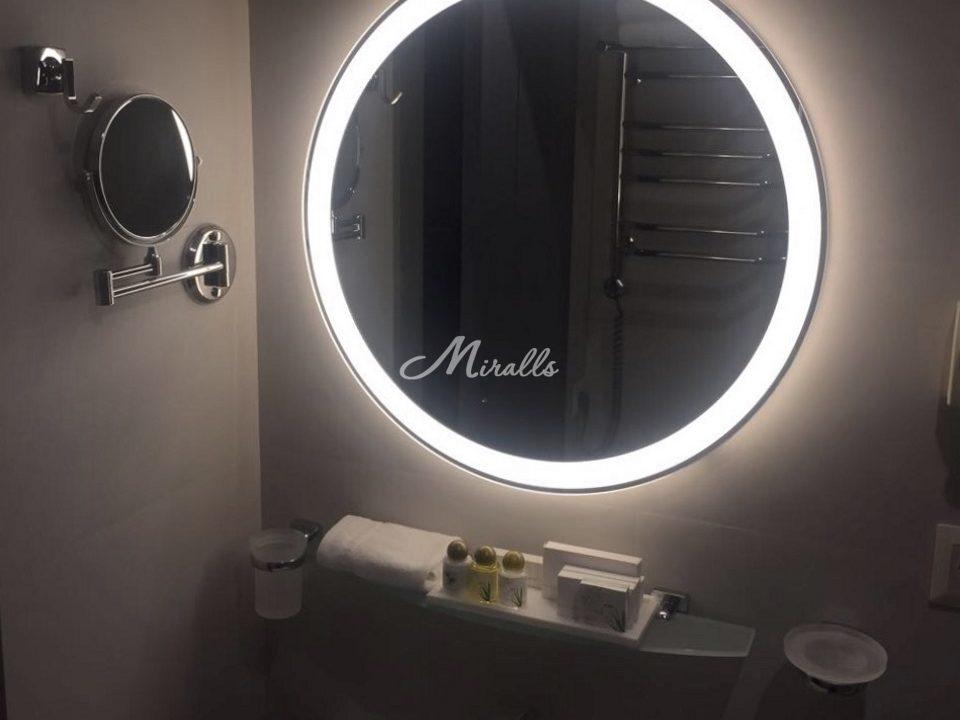 Зеркало Ring в гостиничном номере