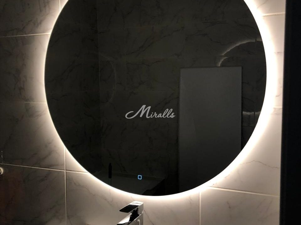 Зеркало Eclipse в частной квартире (ЖК Одинцово-1)