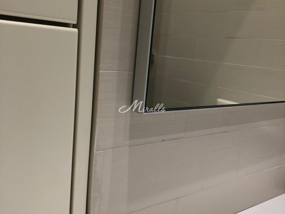 Профиль зеркала без подсветки Galla New