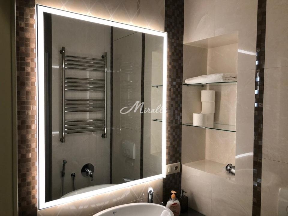 Зеркало Sella Extra в интерьере ванной комнаты