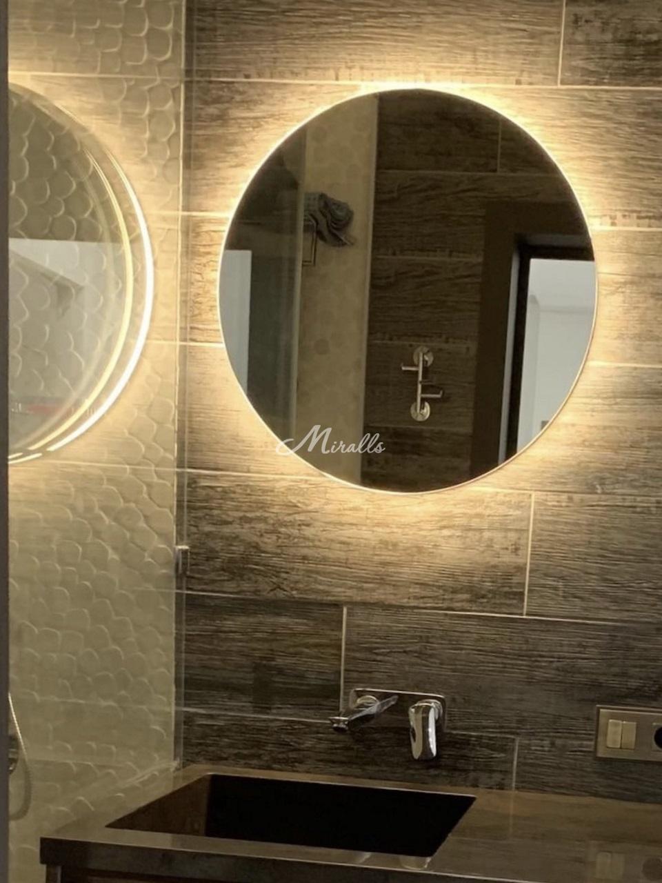 Зеркало Eclipse в санузле частной квартиры в ЖК Vander Park