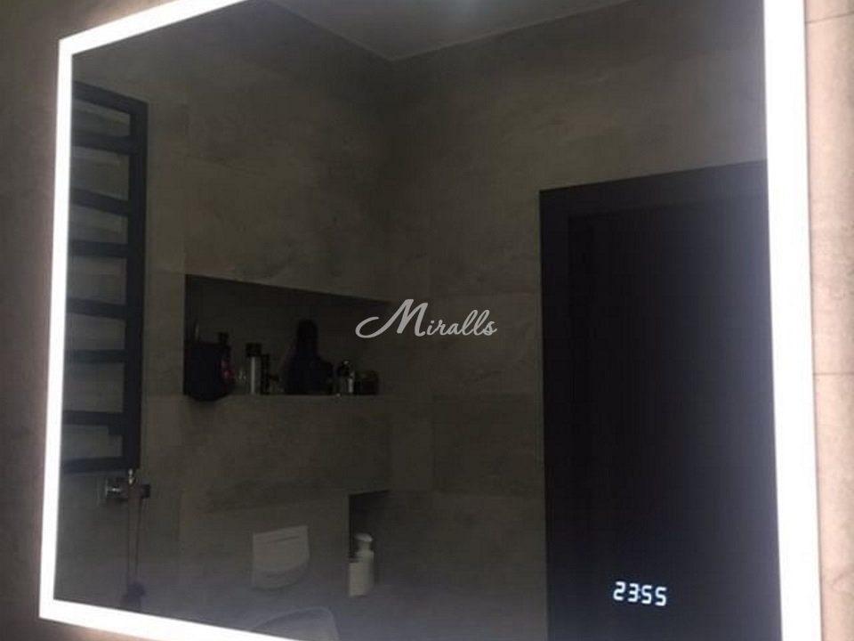 Зеркало Murano Extra с электронными часами в частной квартире (ЖК Люберецкий)