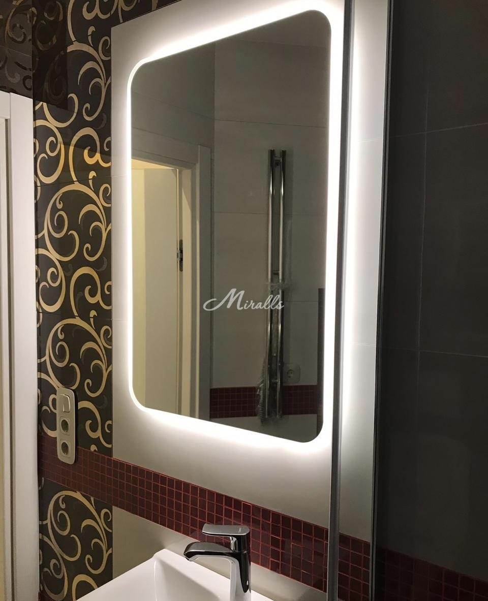 Зеркало XL в ванной комнате частной квартиры в ЖК Only