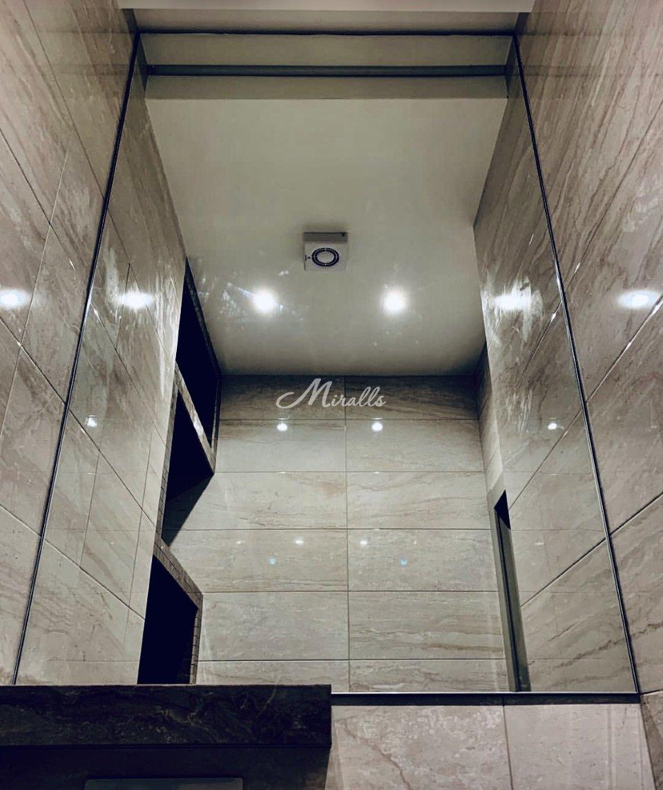 Зеркало Galla New в санузле частной квартиры (ЖК Наследие)