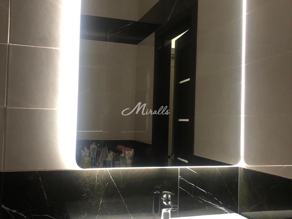 Зеркало Lux после монтажа в частной квартире (ЖК Хорошевский)