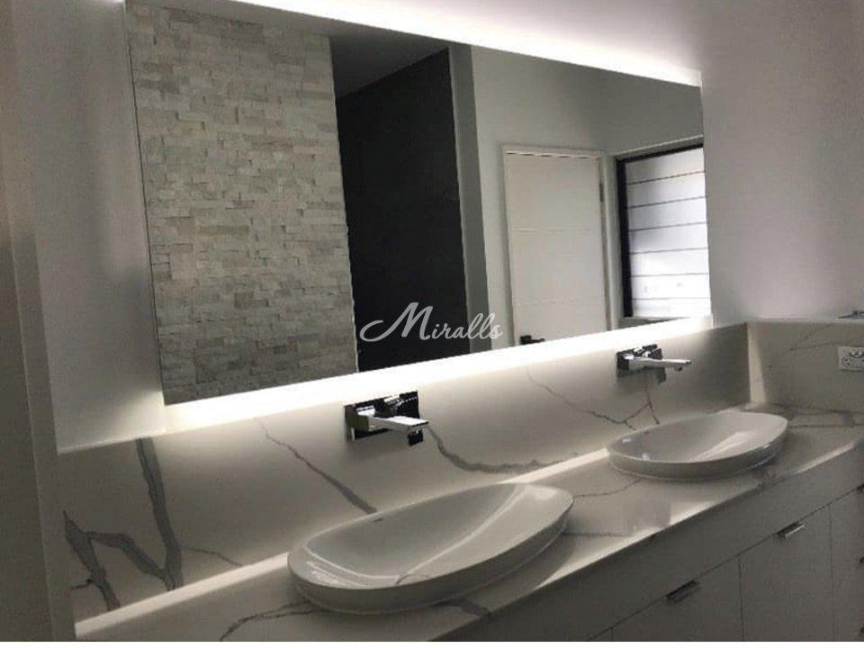 Зеркало River в частной квартире (ЖК Дыхание)
