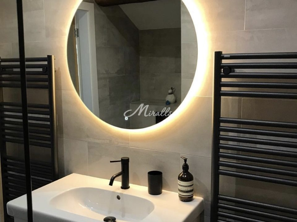 Зеркало Eclipse с теплым светом и выключателем тач-квадрат