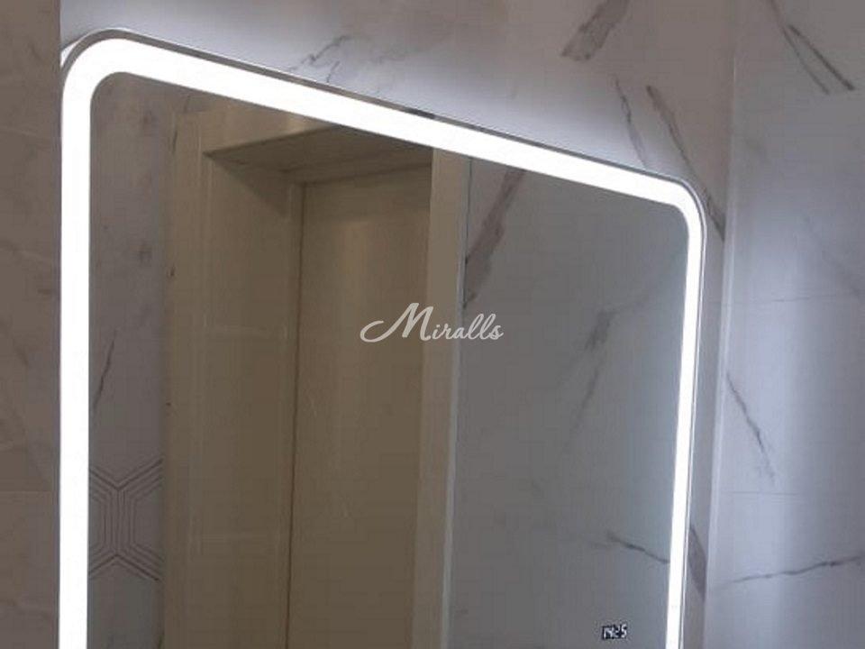 Зеркало Camelia в частной квартире (ЖК Метрополия)