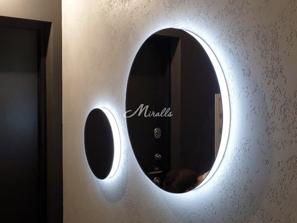 Зеркала Eclipse в коридоре частной квартиры (ЖК Redside)