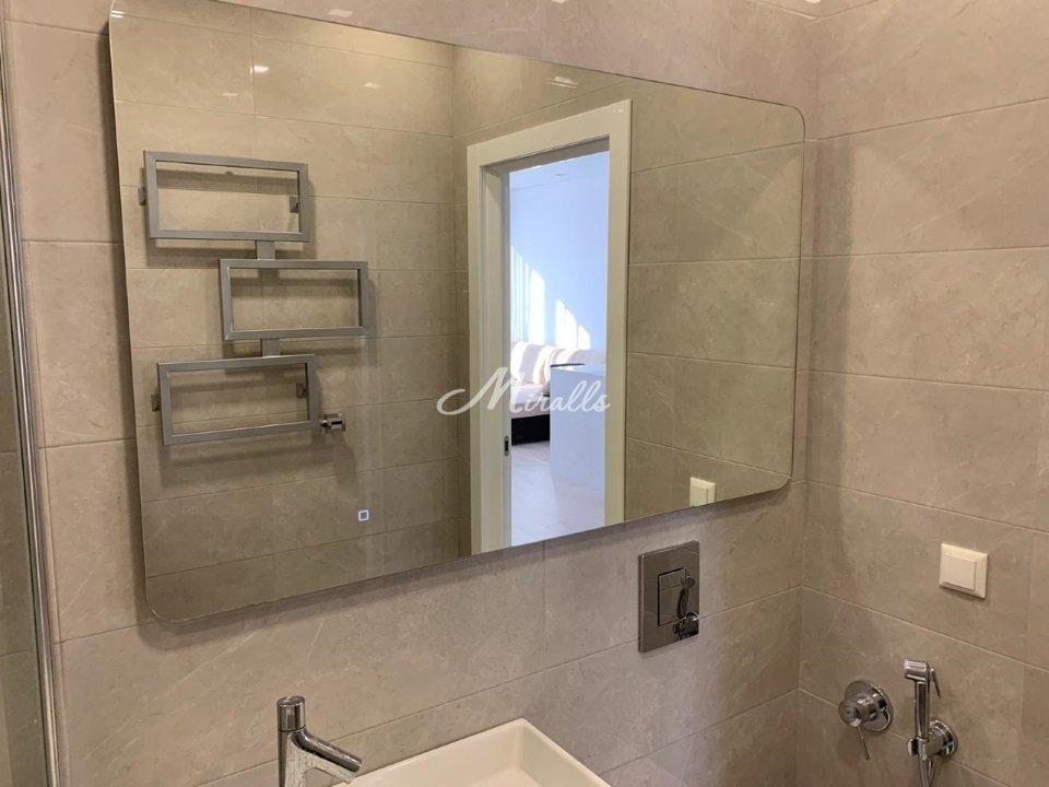 Зеркало Lux в частной квартире (ЖК Red Side)