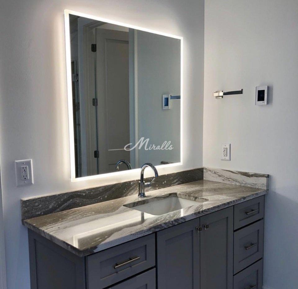 Зеркало с подсветкой Murano в частной квартире (ЖК Аэробус)