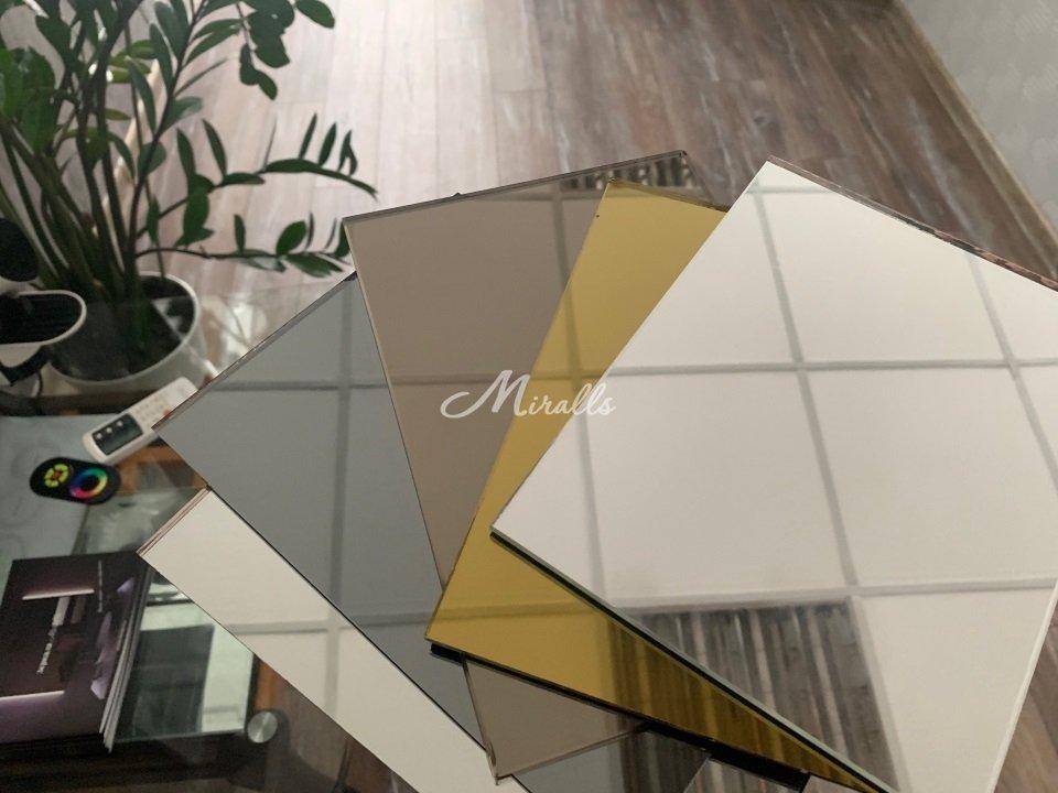 Несколько вариантов цвета зеркального полотна