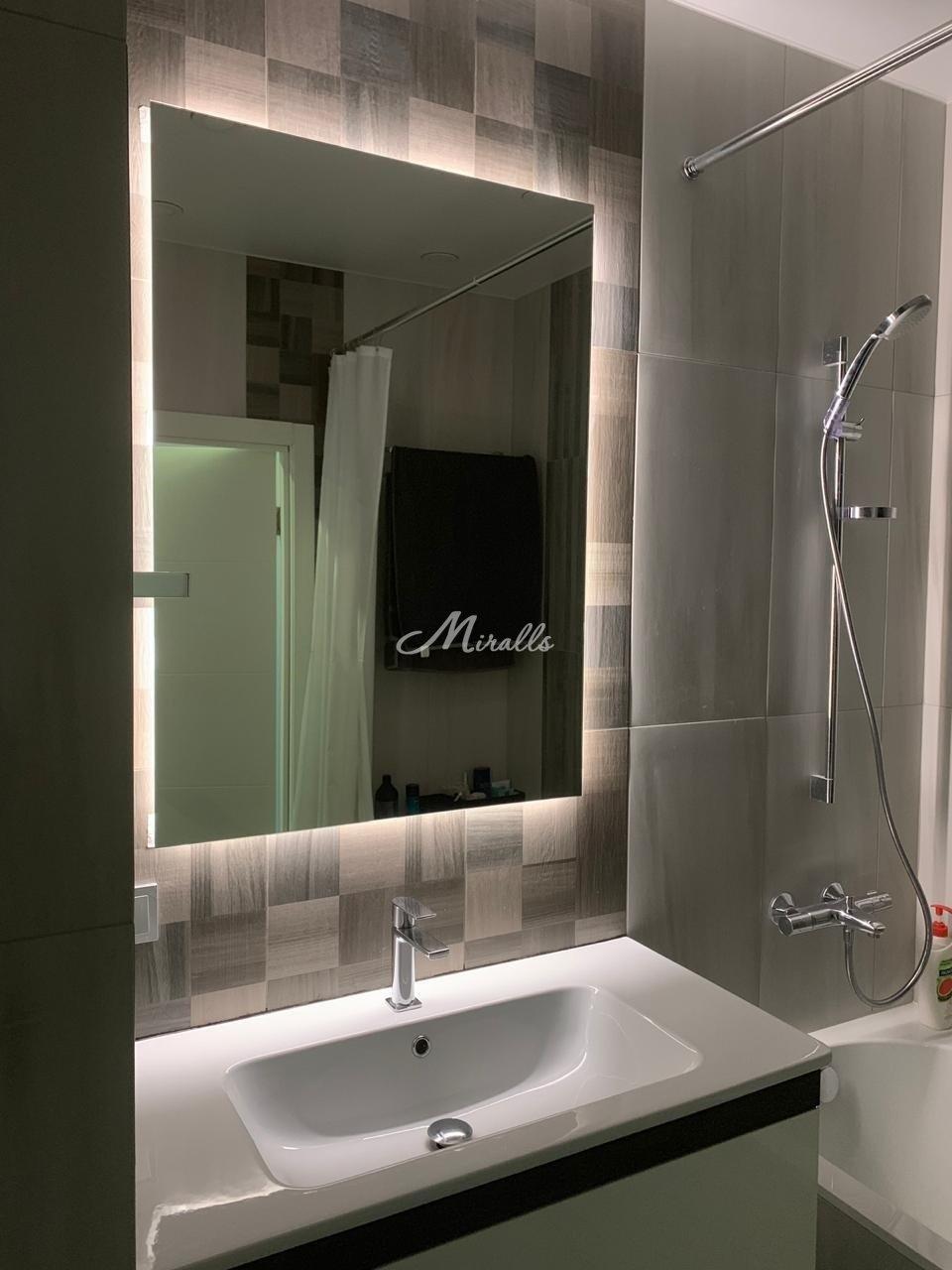 Зеркало Simple в частной квартире (ЖК Татьянин Парк)
