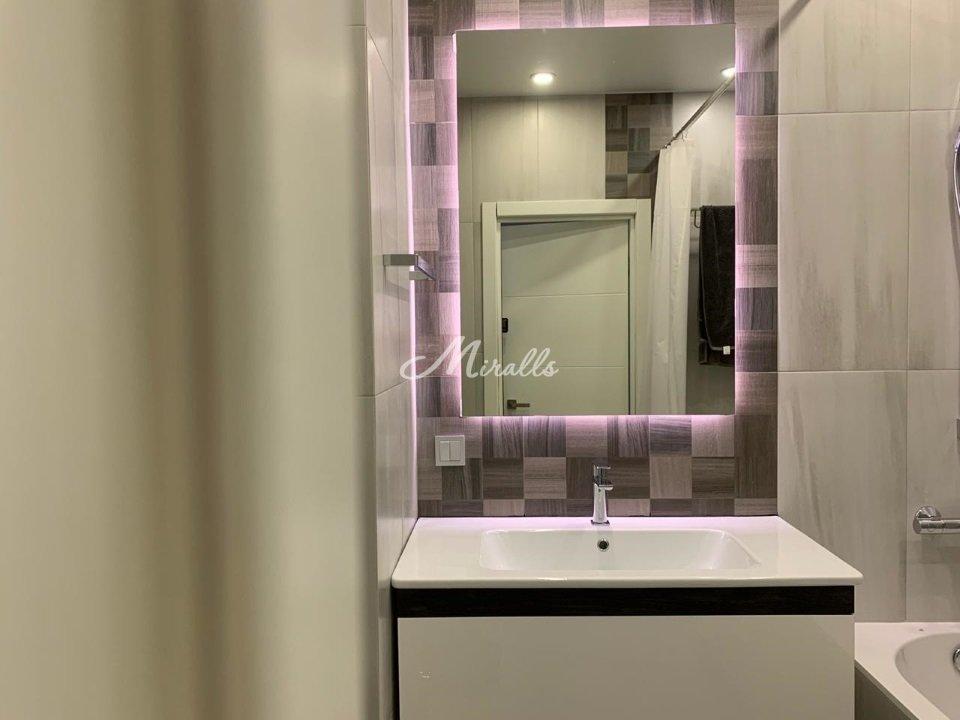 Зеркало Simple в частной квартире (ЖК Green Park)