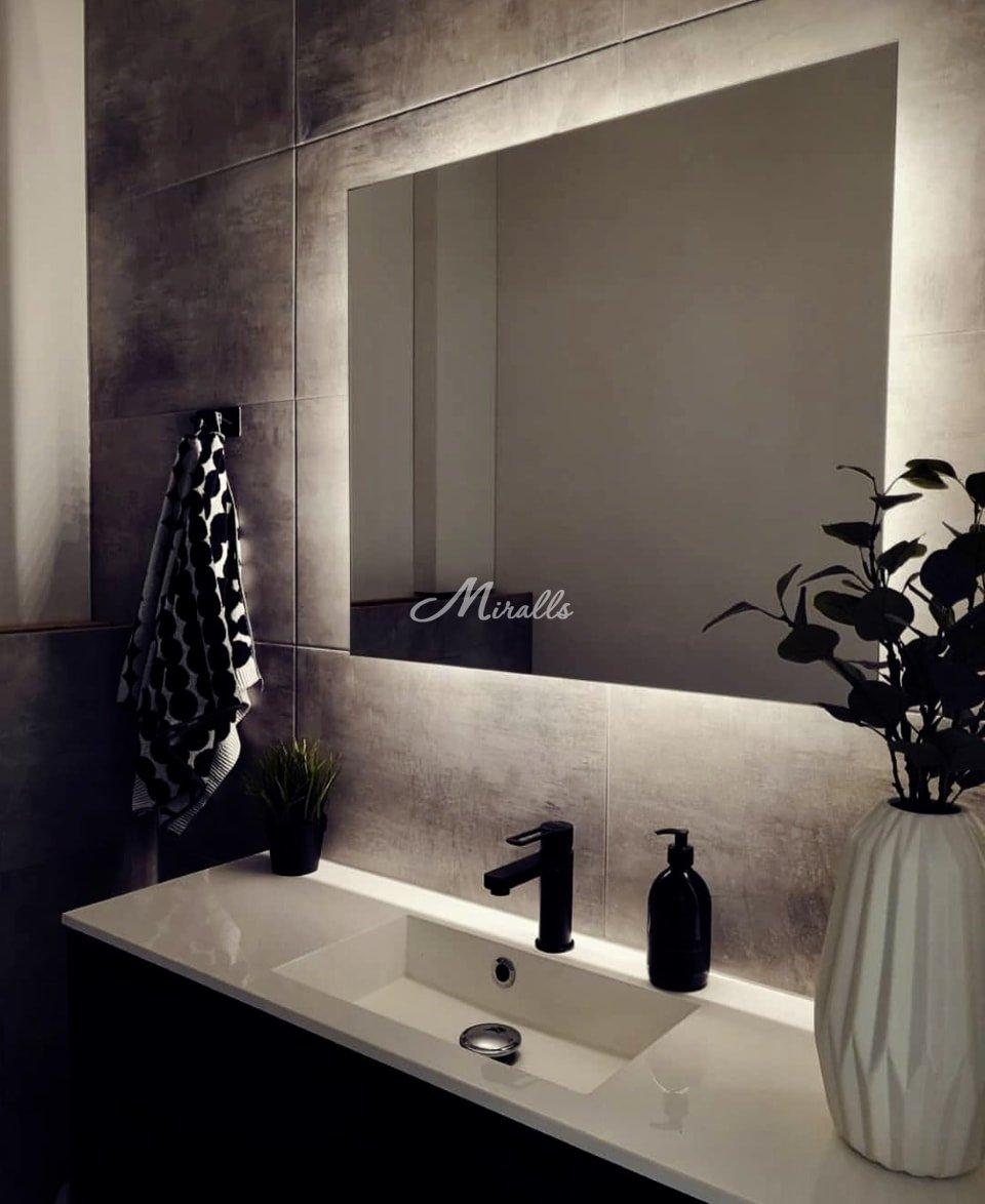 Зеркало Basic в частной квартире (ЖК Рассказово)