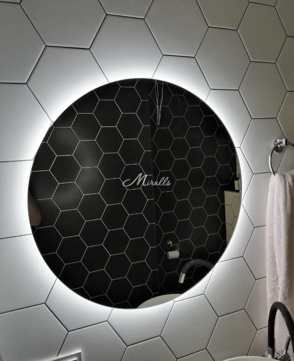 Зеркало Eclipse в ЖК Лучи