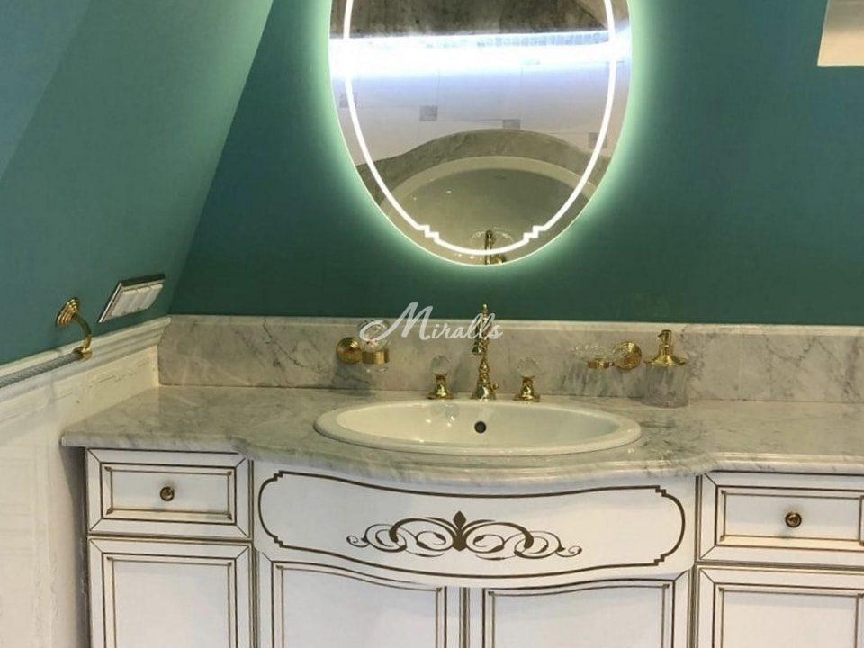 Зеркало Lake по индивидуальному проекту в загородном доме