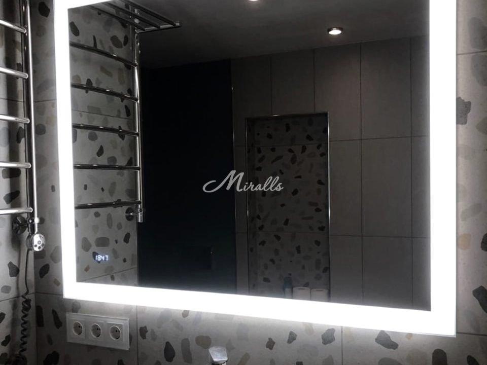 Зеркало Modern в ЖК «Мосфильмовский»