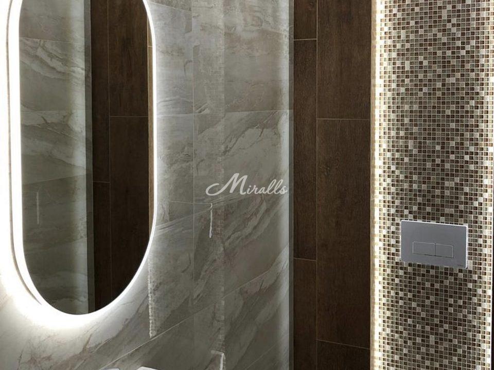Зеркало Petra в частной квартире в ЖК Крылатский