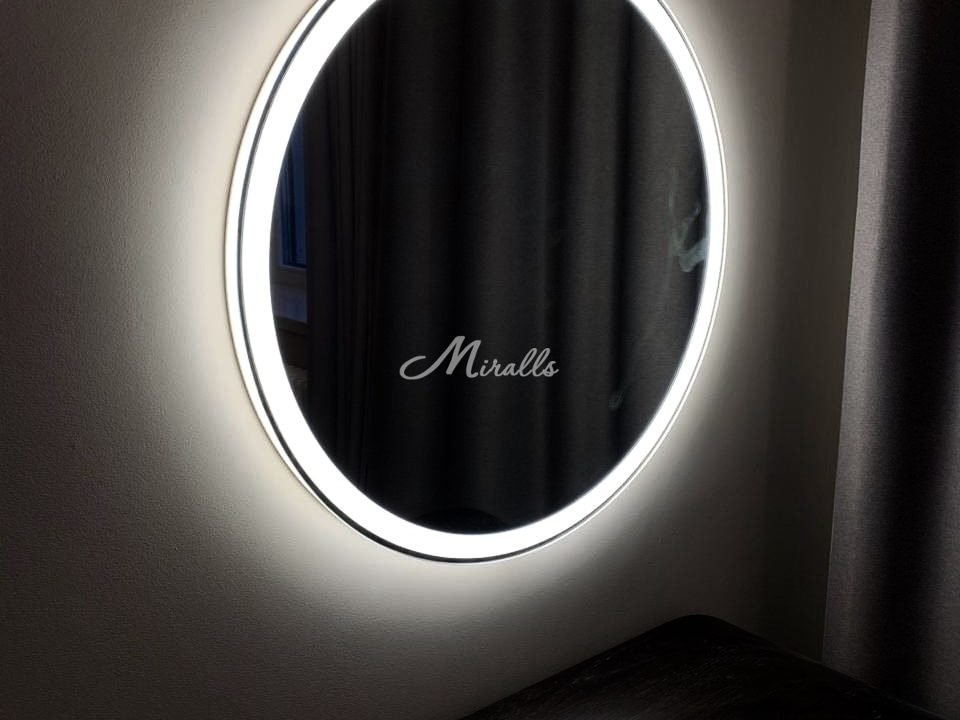 Зеркало Ring в ЖК Маршалл