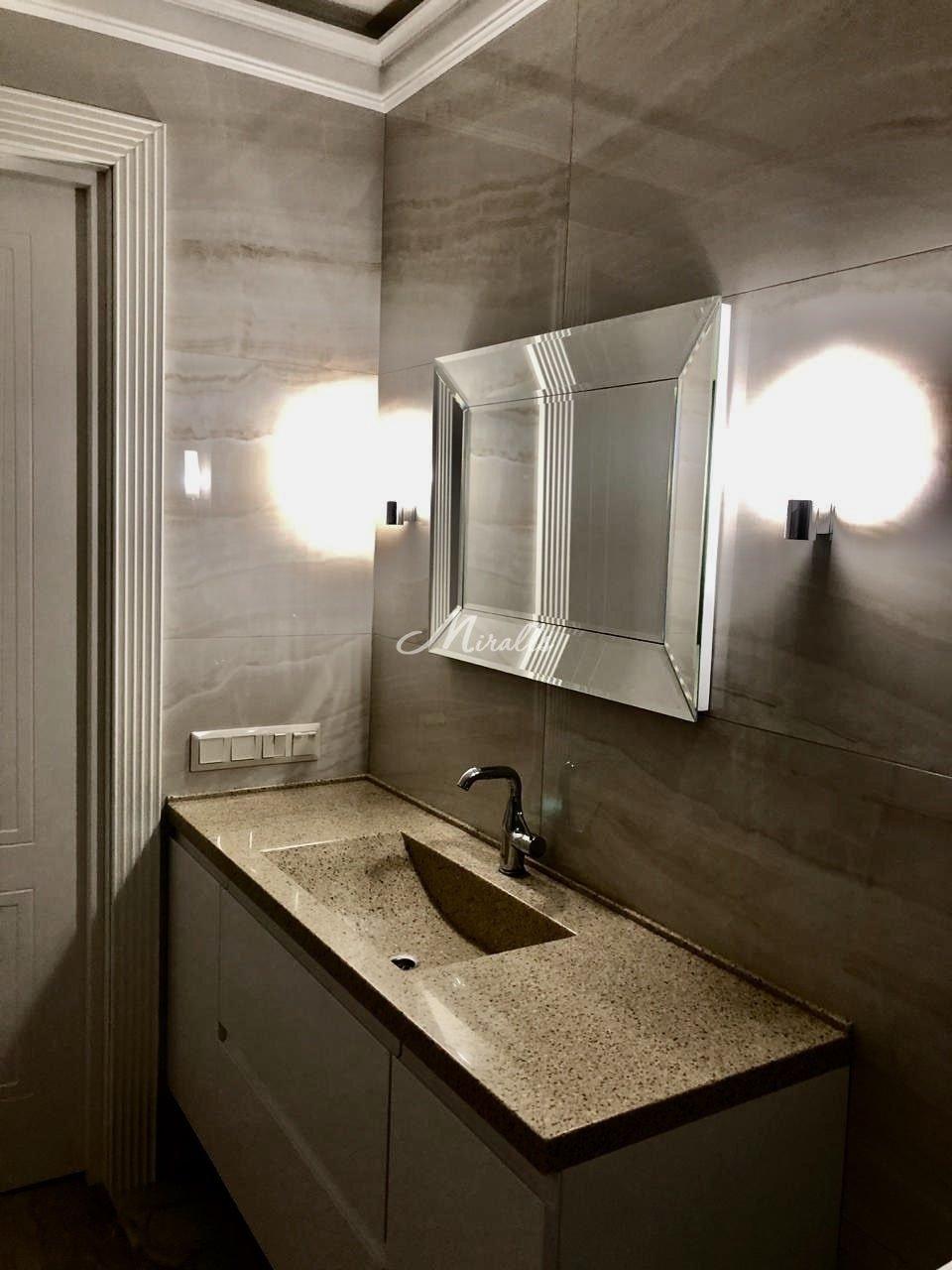 Зеркало Provance в частном санузле (ЖК NewPiter)