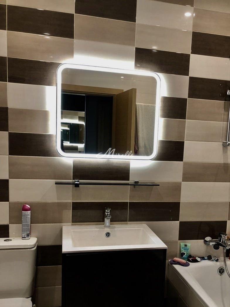 Зеркало Camelia в частной квартире (ЖК Новая Охта)