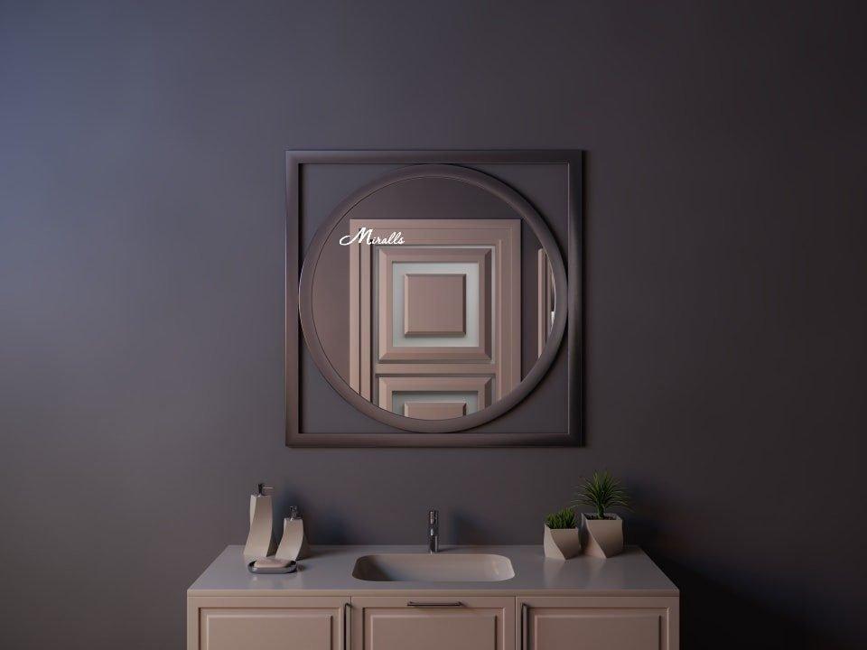 Фигурное зеркало без подсветки Madonna