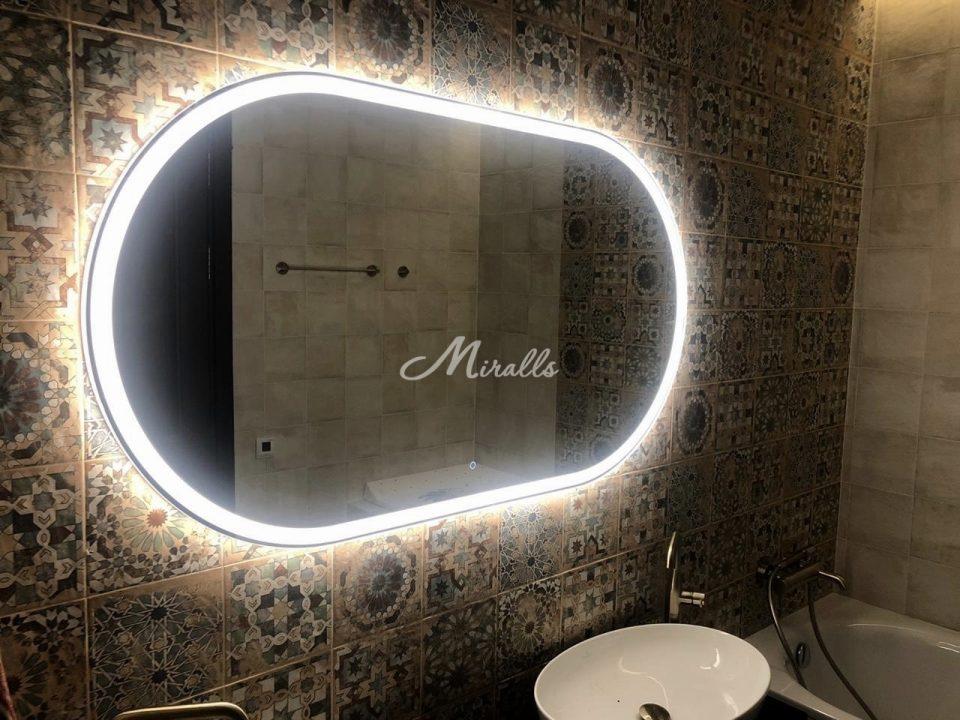 Зеркало Aura с сенсорным выключателем «тач-кольцо» по центру внизу с холодным светом