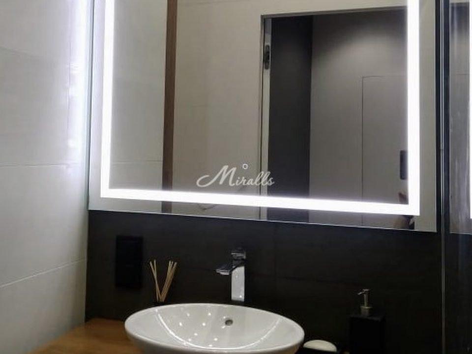 Зеркало Edging в ЖК «Новая Охта»