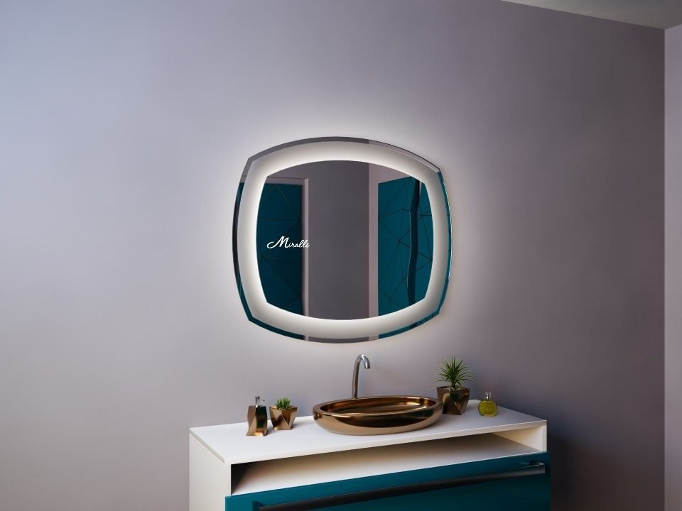 Зеркало с подсветкой Dolce