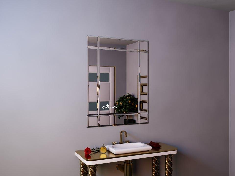 Классическое зеркало с фацетом Ampir