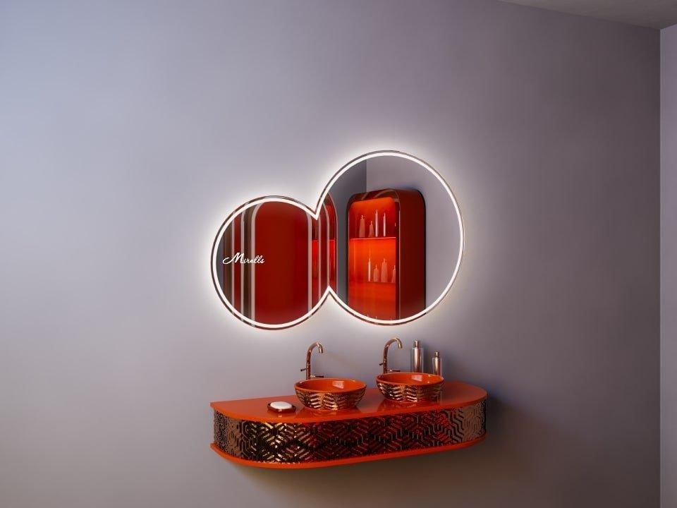 Необычное зеркало с подсветкой Octavia Plus