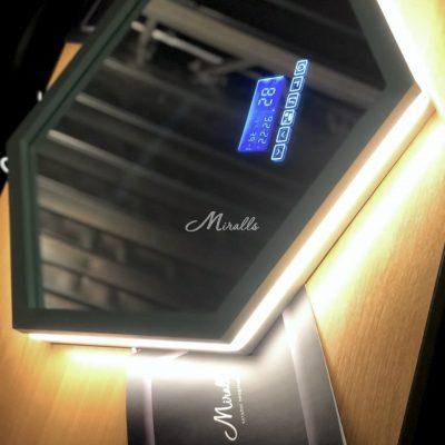 Зеркало Dante перед отправкой заказчику