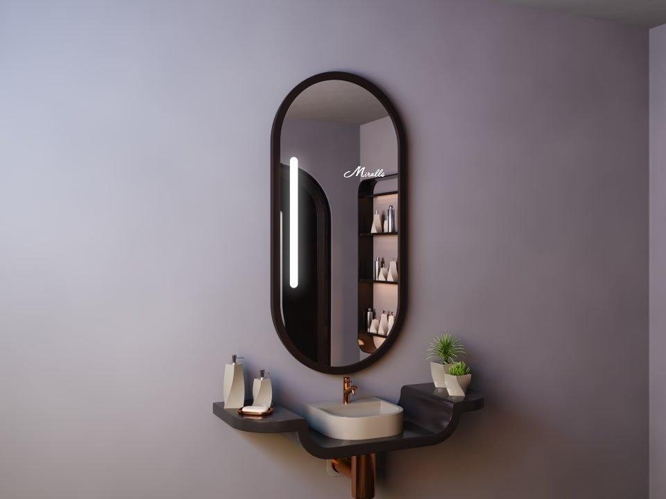 Зеркало Linda с подсветкой в деревянной раме