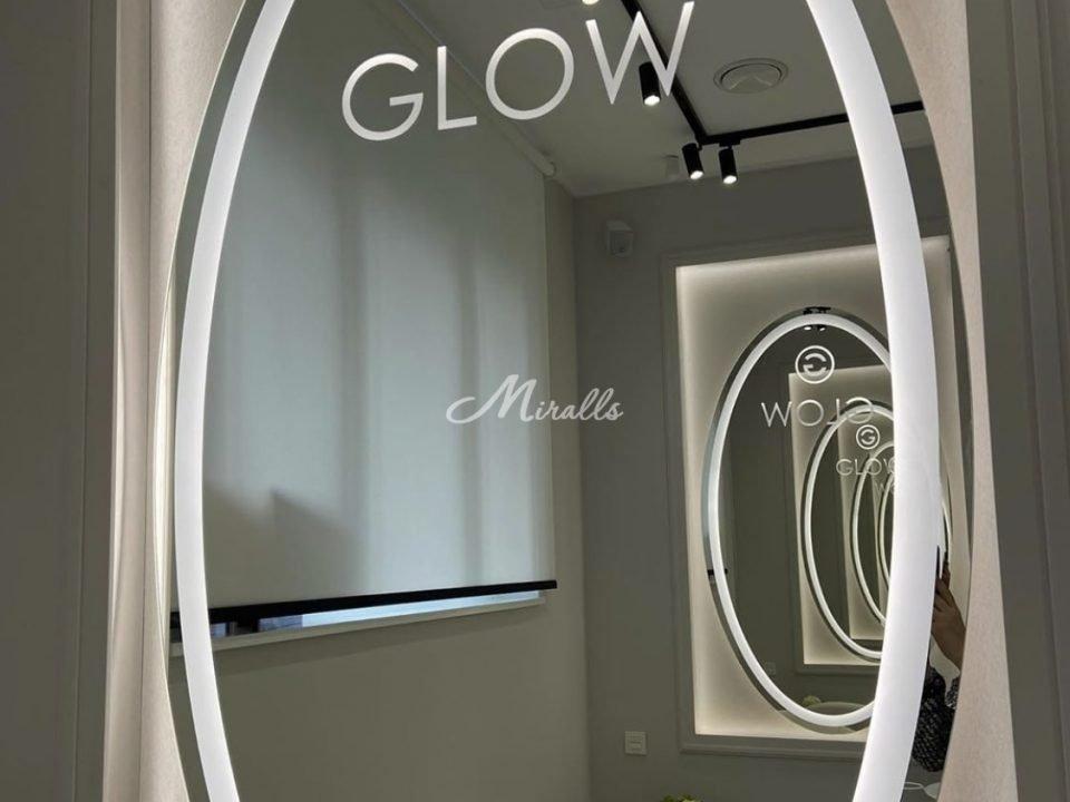 Зеркало Lake (индивидуальный проект) в салоне красоты Glow